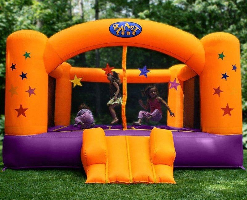 Blast Zone Superstar Inflatable Bouncer Review