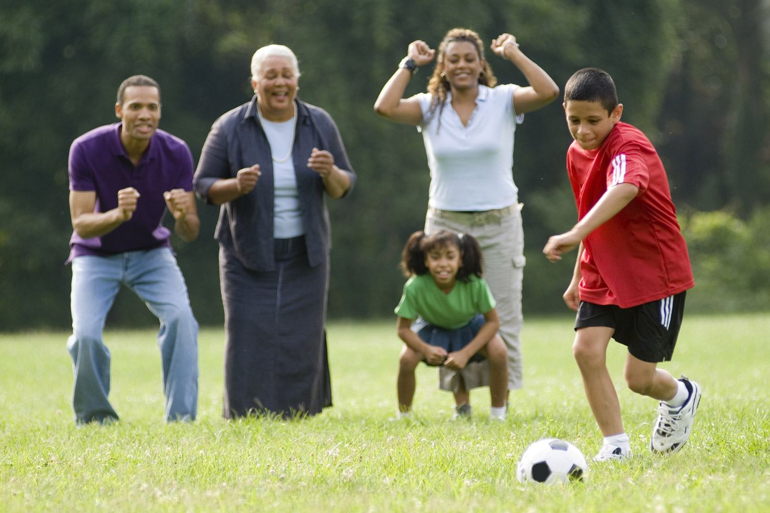encourage your kids when playing physical activities